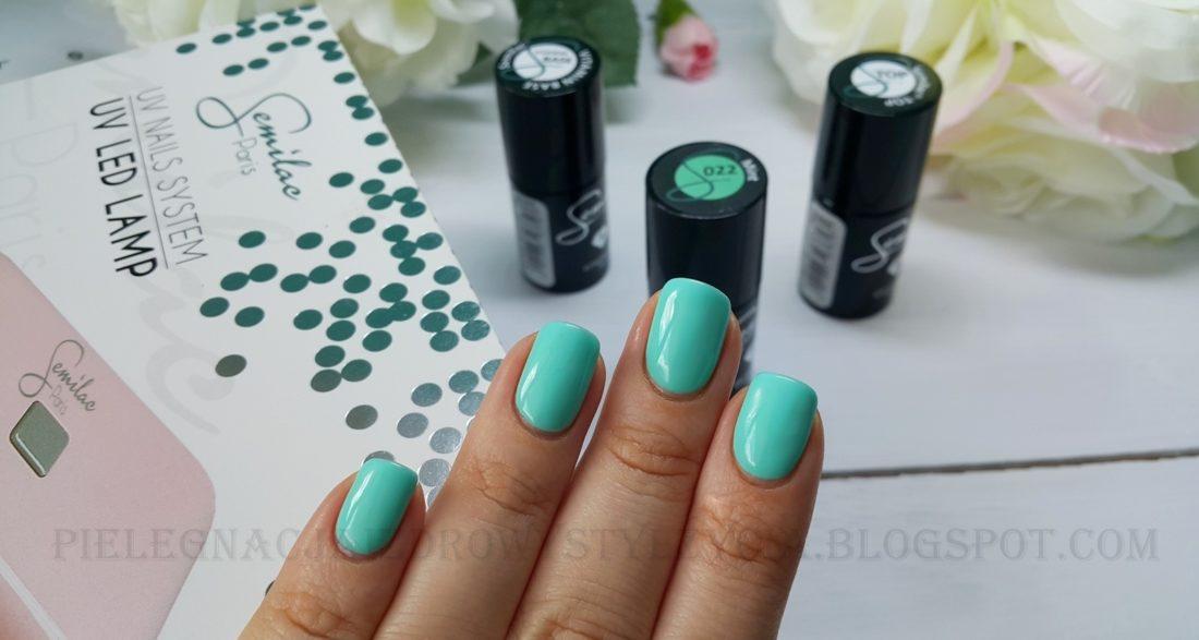 Lakier Semilac Mint 022 na paznokciach