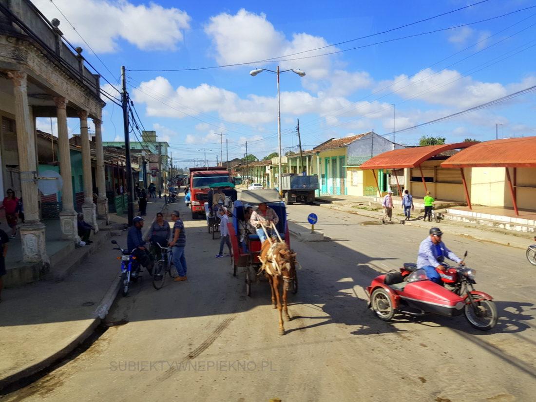 Kuba - ulice w mniejszych miejscowościach