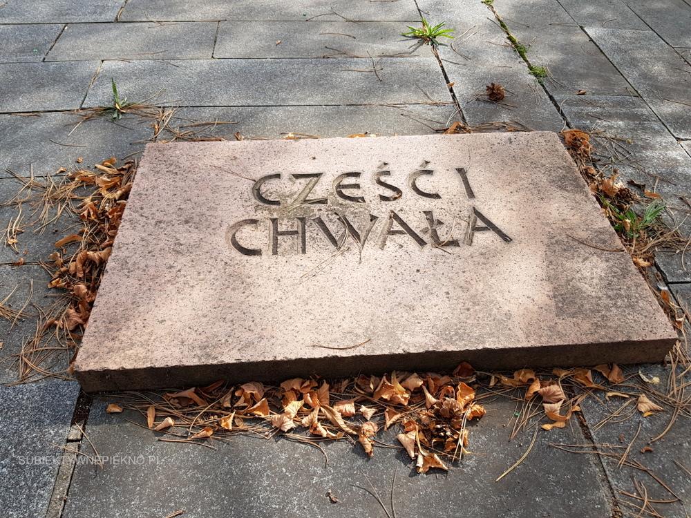 Budziszyn co zobaczyć i zwiedzić? Pomnik dla polskich żołnierzy, którzy zginęli w bitwie pod Budziszynem w 1945