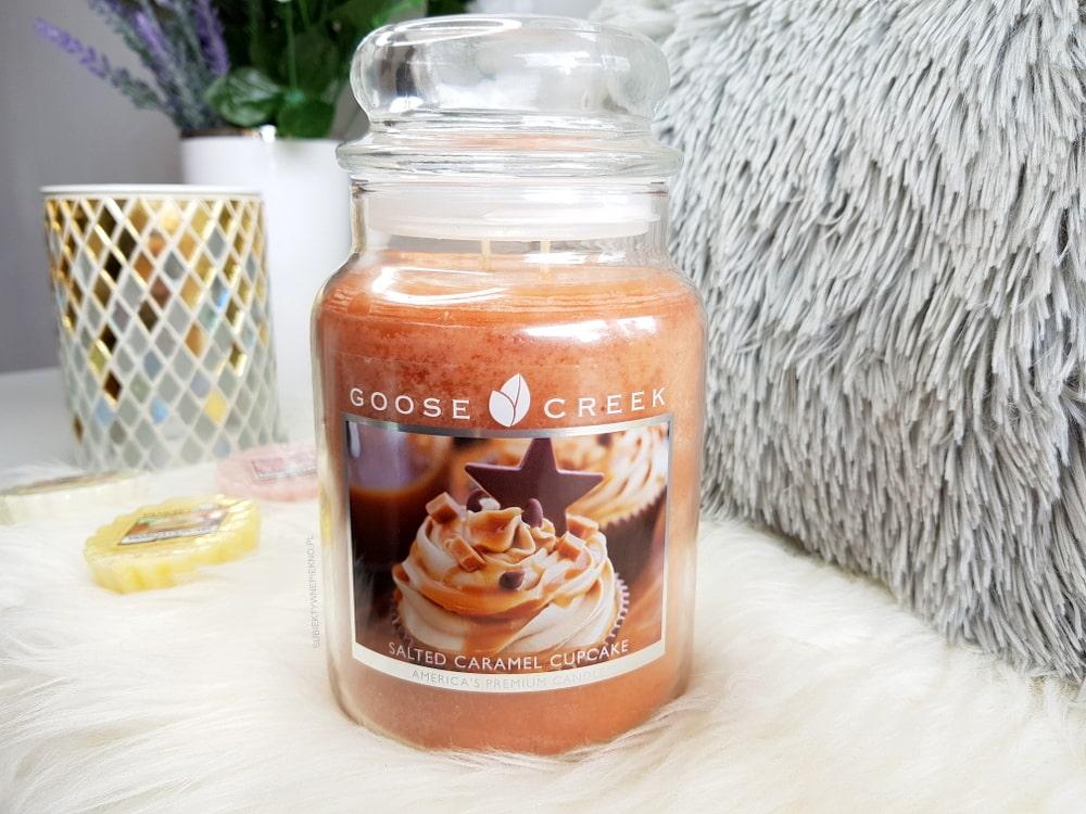 SALTED CARAMEL CUPCAKE GOOSE CREEK CANDLE - świeca o zapachu słonego karmelu