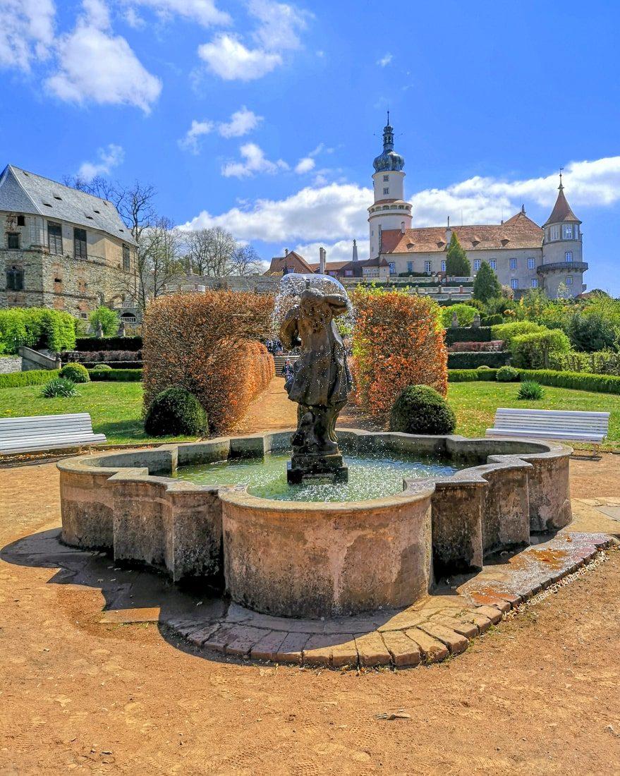 NOWE MIASTO NAD METUJĄ zamek - wycieczka do Czech na jeden dzień